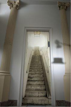 papier peint trompe l oeil escalier metro blanc gris - Decoration maison. Toutes les idees pour la maison, couleur peinture, bricolage-deco-cool