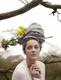 These photos of Marion Cotillard from the March 2009 issue of French Vogue are everything that's right about farmer chic. It's not like the pastoral needed to be any more alluring, you …