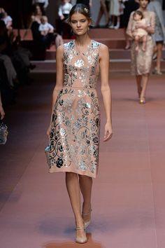 Dolce & Gabbana Fall 2015 RTW Runway - Vogue