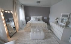 chic bedroom ideas - home decor bedroom tips for a great bedroom decor. Bedroom Decor Suggestion tip posted on 20190123 Dream Rooms, Dream Bedroom, Home Bedroom, Bedroom Ideas, Master Bedrooms, Ikea Bedroom Design, White Bedroom Decor, Bedroom Interiors, Bedroom Layouts