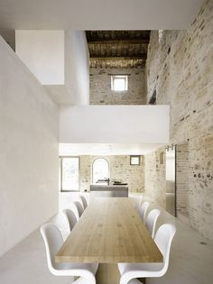 redhousecanada: enochliew: Le Marche Villa by Wespi de Meuron Architekten The 300-year-old farmhouse was converted into a holiday home with the masonry largely preserved and restored, whereas all the wood structure was replaced.