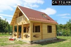 """Casa 4.750 euro """"Dani Tocile"""" Euro, Shed, Home And Garden, Outdoor Structures, Cabin, House Styles, Gardening, Home Decor, Decoration Home"""