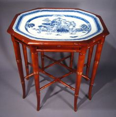 Chinese Export Porcelain Blue and White Platter Tray Table