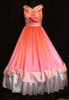Adult Cinderella Pink Gown Costume Made By the Mice. I've always wanted an authentic Disney Princess dress. Disney Cosplay, Disney Costumes, Cosplay Costumes, Halloween Costumes, Ariel Halloween, Woman Costumes, Mermaid Costumes, Princess Costumes, Couple Halloween