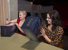 Ginnifer and Lana at D23 Expo - 15 august 2015