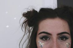 dodie makeup tumblr glitter