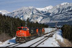 RailPictures.Net Photo: CN 2539 Canadian National Railway GE C44-9W (Dash 9-44CW) at Jasper, Alberta, Canada by Tim Stevens