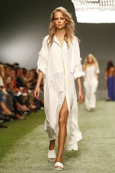 Unique Ready To Wear Spring Summer 2014 London - NOWFASHION
