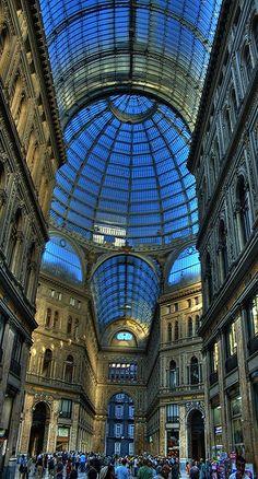 Napoli: Galleria Umberto - Napoli  Sfoglia le Offerte!