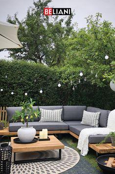 Backyard Seating, Backyard Patio Designs, Small Backyard Design, Small Backyard Landscaping, Modern Patio Design, Backyard Ideas, Corner Garden Seating, Corner Patio Ideas, Corner Sofa Garden