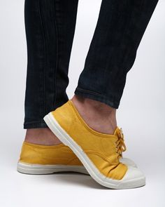 another pair of weekend shoes Mellow Yellow, Mustard Yellow, Yellow Shoes, Frou Frou, Designer Boots, Cute Shoes, What To Wear, Shoe Boots, Spring Fever