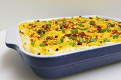 Looking for a cheesy potato side dish? This Loaded Baked Mashed Potatoes recipe is full of cheese, bacon, roasted garlic, & more! Perfect for holiday meals. Potato Recipes, Veggie Recipes, Cooking Recipes, Potato Meals, Dump Recipes, What's Cooking, Baked Mashed Potatoes, Cheesy Potatoes, Spice Cake Mix And Pumpkin