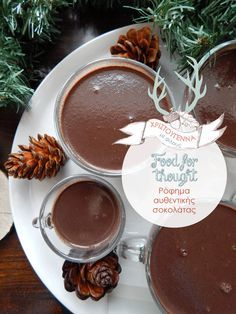Decor Asylum: Ρόφημα αυθεντικής σοκολάτας Chocolate Fondue, Hot Chocolate, Cocktail Drinks, Cocktails, Spicy, Desserts, Food, Craft Cocktails, Tailgate Desserts