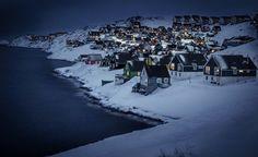 Деревня Myggedalen ночью, Гренландия, Дания / Speleologov.Net - мир кейвинга