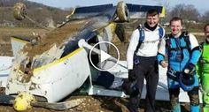 Homem Filma Terrível Momento Em Que o Seu Avião Se Despenha http://www.desconcertante.com/homem-filma-terrivel-momento-em-que-o-seu-aviao-se-despenha/