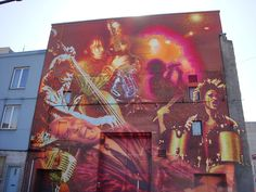A jazz mural on the side of a building in downtown Montreal