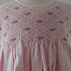 Smocking- trellis stitch