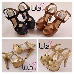 #shoes #zapatos #calzado #cute #cuero #fashion #moda #blats #pretty #woman #Mujer #latina #estilo #instamoment #original #look #lovely #lines #dorado #gold #sandalias #Black #negro #cccuartaetapa #bucaramanga Lula 304 Flat Sandals, Gladiator Sandals, Shoes Heels Pumps, Wedge Sneakers, Fashion Moda, Pretty Woman, Latina, Facebook, Instagram