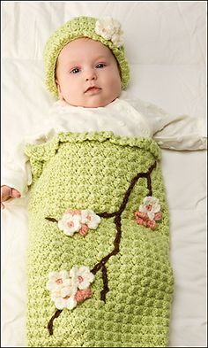 Ravelry: Apple Blossom Baby Cocoon & Hat pattern by Susan Badgley. Crochet World, April Crochet Baby Cocoon, Crochet Bebe, Crochet Baby Clothes, Knit Or Crochet, Crochet For Kids, Crochet Hats, Crochet Children, Crochet Blankets, Crochet Flower