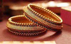 Designer golden bangles Gold Bangles Design, Jewelry Design, Designer Bangles, Bridal Bangles, Amai, Fashion Jewelry, Gold Jewelry, India Jewelry, Silver Bracelets