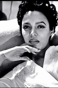 "vintagegal: "" Happy Birthday Dorothy Dandridge (November 1922 – September ""She became the silver screen's hottest Black sex symbol and was described at one time as one of the five most beautiful women in the world. Her beauty, grace, good. Dorothy Dandridge, Marion Davies, Vintage Black Glamour, Vintage Beauty, Vintage Glam, Vintage Inspired, Jaclyn Smith, Classic Hollywood, Old Hollywood"