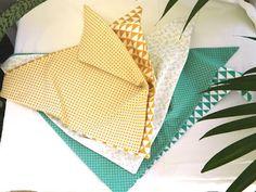 Foulards triangulaire doublé 80x40cm