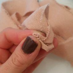 Ciao a tutti! Gazie! Grazie! Grazie! Ho postato su alcuni gruppi Facebook e su Google+ le mie prime rose in tessuto e ho ricevuto veram...