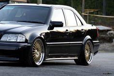 Рассказ владельца Mercedes-Benz C-class (W202) — тюнинг. Хочу показать Вам, наиболее мне понравившиеся варианты тюнинга на W202