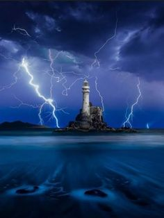 Lightning and Lighthouse Tornados, Thunderstorms, Fuerza Natural, Beautiful Places, Beautiful Pictures, Weather Storm, Lighthouse Pictures, Beacon Of Light, Seen