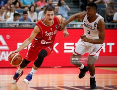 Rio 2016 Olympics - Basketball --  Nemanja Nedovic (L) of Serbia in action against Gerson Goncalves (R) of Angola (1024×786)