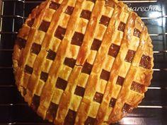 Jablkový pie so slaným karamelom (fotorecept) Waffles, Pizza, Breakfast, Desserts, Food, Basket, Morning Coffee, Meal, Deserts