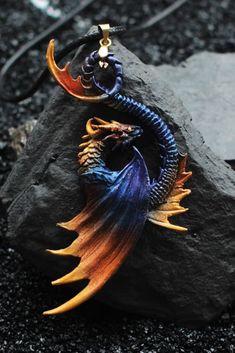 Clay Dragon, Dragon Head, Dragon Art, Harry Potter Beasts, Dragon Figurines, Dragon Jewelry, Magical Jewelry, Beautiful Fantasy Art, Cute Dragons