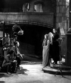 Great behind the scenes shot of the great Bela Lugosi in Mark of the Vampire