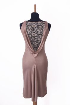Elegant dress ideal for tango and evening events. Dance Outfits, Dance Dresses, Latin Dresses, Modest Dresses, Elegant Dresses, Champagne Dress, Tango Dress, Argentine Tango, Ballroom Dress