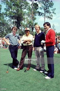 Golf Fashion Vintage Golfers Tom Watson of the USA, Lee Trevino of the USA, Jack Nicklaus of the USA and Seve Ballesteros of Spain line up before a round of golf. Golf Images, Golf Pictures, Golf Attire, Golf Outfit, Lee Trevino, Famous Golfers, Golf Push Cart, Golf Etiquette, Golf Course Reviews