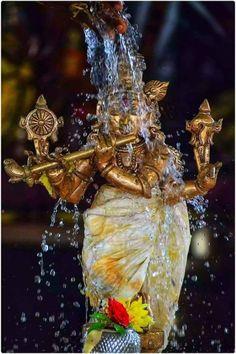 Radha Krishna Wallpaper, Radha Krishna Pictures, Radha Krishna Love, Lord Krishna, Krishna Flute, Krishna Statue, Jai Shree Krishna, Radhe Krishna, Iskcon Krishna