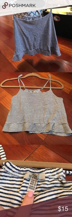 Zara stripped blue and white crop top Beautiful Zara cropped only worn once! Size small and it features a scrunched look at the bottom! So cute Zara Tops Crop Tops