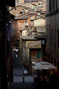 Italy. Siena Old Town | via Flickr.