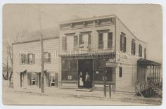 Image of 85.029.0001, Postcard: Richmond Road House, ca. 1910-1915