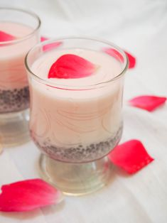 Falooda is a brightly colored and brightly flavored drink that verges on a dessert, perfect for a warm day. This rose-flavored treat is sure to be a family favorite! #drink #dessert #indian Great Desserts, Dessert Recipes, Drink Recipes, Yummy Recipes, Water Recipes, Party Recipes, Indian Desserts, Indian Food Recipes, Rose Drink