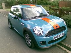 Mini One in Gulf racing colours