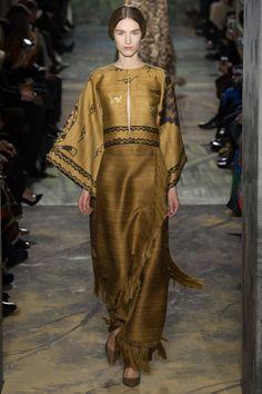 Défilé Valentino haute couture printemps-été 2014 17
