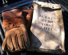 vtg-Salisbury-linemen-gloves-in-canvas-bag-class-2-size-9-5-leather-rubber-15kV