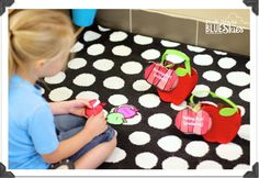 First Grade Blue Skies: Apple-Palooza {FREEBIES Galore} Apple Activities for your Classroom!