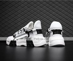 Men's Trainers Athletic Shoes Casual Daily Walking Shoes Mesh Black / White White / Green Black Spring & Summer Fall & Winter 2021 - US $36.74 Running Sneakers, Casual Sneakers, Casual Shoes, Men Casual, Mens Shoes Online, Best Shoes For Men, Virtual Fashion, Autumn Summer, Fall Winter