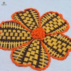 Hand Embroidery Flower Designs, Hand Embroidery Videos, Embroidery Tools, Embroidery Flowers Pattern, Creative Embroidery, Beaded Embroidery, Applique Stitches, Simple Embroidery, Hand Embroidery Flowers
