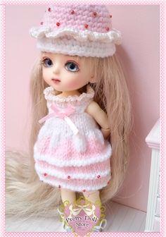 https://www.etsy.com/shop/PrettyDollStore lati yellow SP knit set doll clothes | dresses for doll | Blythe clothes| Lati-Yellow clothes| doll clothes