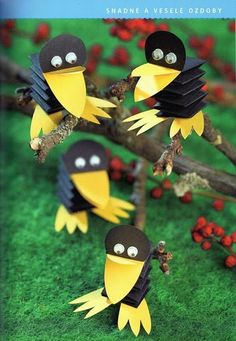 Toilet Paper Roll Crafts - Get creative! These toilet paper roll crafts are a great way to reuse these often forgotten paper products. You can use toilet paper rolls for anything! creative DIY toilet paper roll crafts are fun and easy to make. Bird Crafts, Animal Crafts, Diy And Crafts, Arts And Crafts, Unicorn Crafts, Projects For Kids, Diy For Kids, Art Projects, Crafts For Kids
