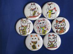 "Maneki Neko set of 7 Pinback buttons,badges size 1"",1.24"" or 2.25"" pins #WTNAButtonsUSA"