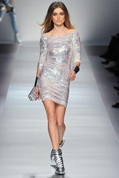 Blumarine Fall 2012 Ready-to-Wear Fashion Show - Andreea Diaconu